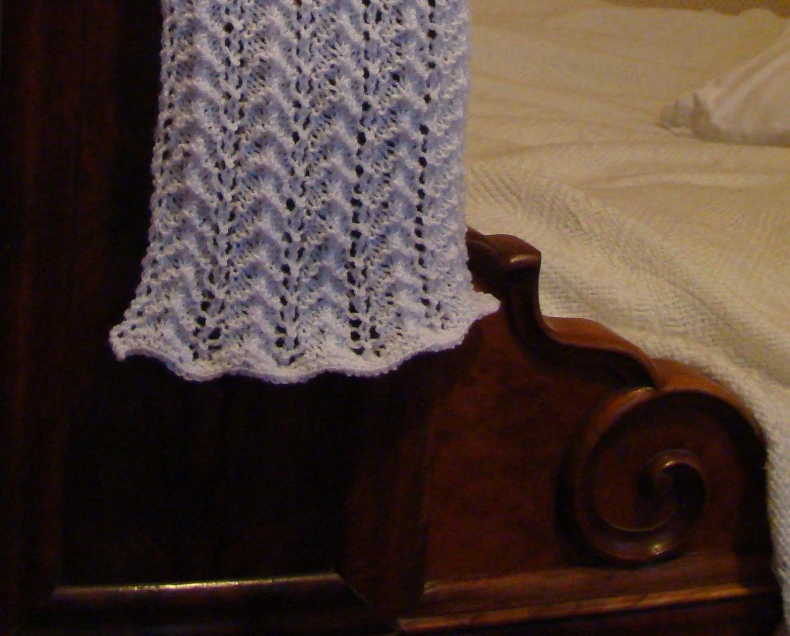 Chez mounette echarpe en tricot ajour pour aur lie - Point de tricot ajoure pour echarpe ...