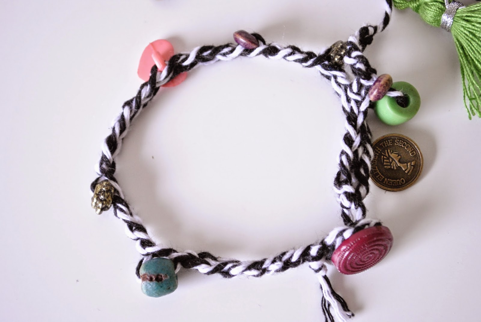 how to make your own spring bracelets
