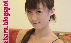 24 Foto Bugil Artis Singapura Jenell Ong Dengan Pasangan Lesbinya - 426 x 640 jpeg 153kB