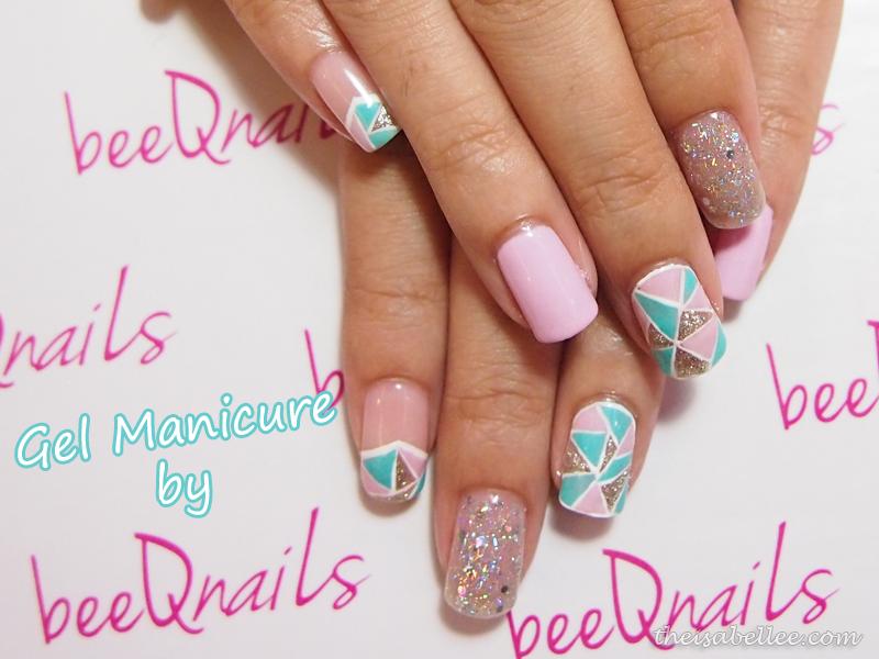 Pastel glitter manicure