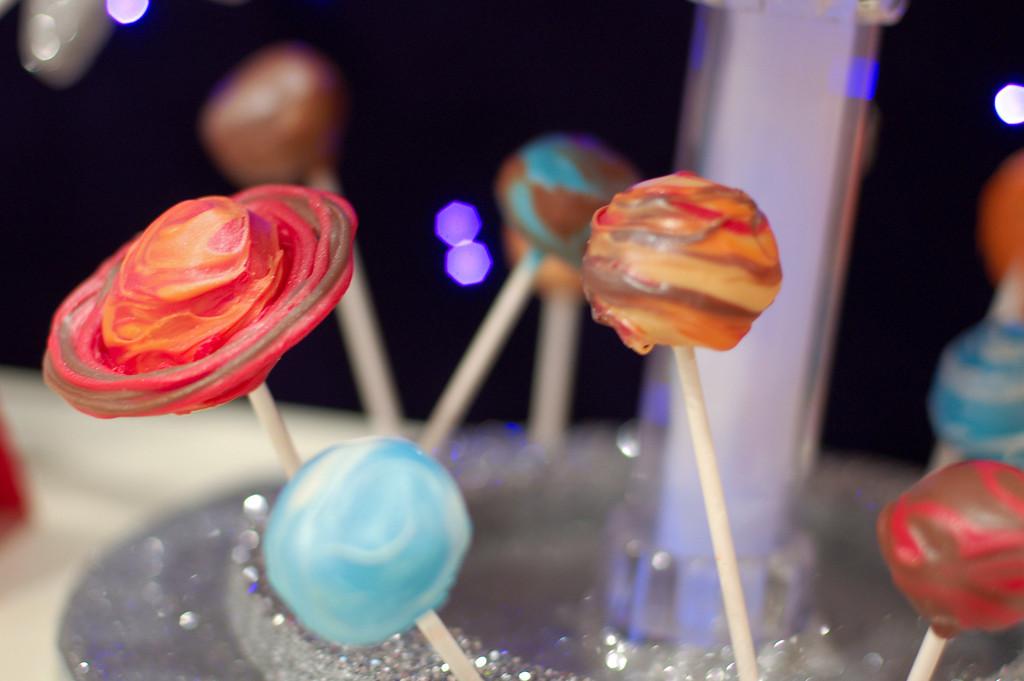 How To Make Solar System Cake Pops