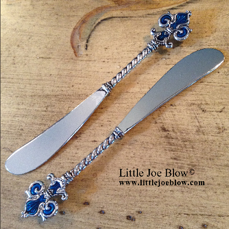 Fleur De Lis Knives- sold by Little Joe Blow photo 3