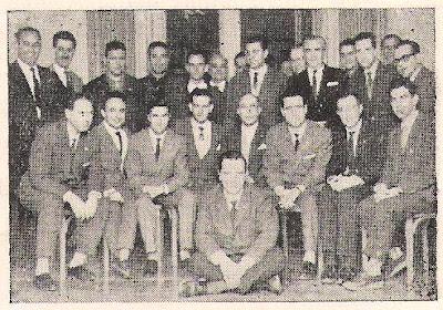 Participantes en el  encuentro de ajedrez entre el Peña Rey Ardid de Bilbao y el Real Club de Regatas de Santander