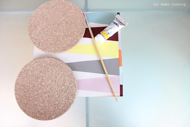 Pinnwand aufgepimpt aus runden Korkuntersetzern von Ikea, ein kleines DIY by kebo homing, dem Südtiroler Lifestyleblog, Fotografie, Photography, Styling