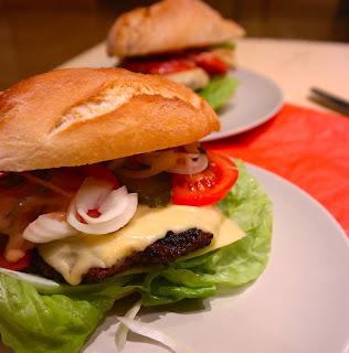 http://www.gitmallina.pl/2015/01/mr-hamburger.html