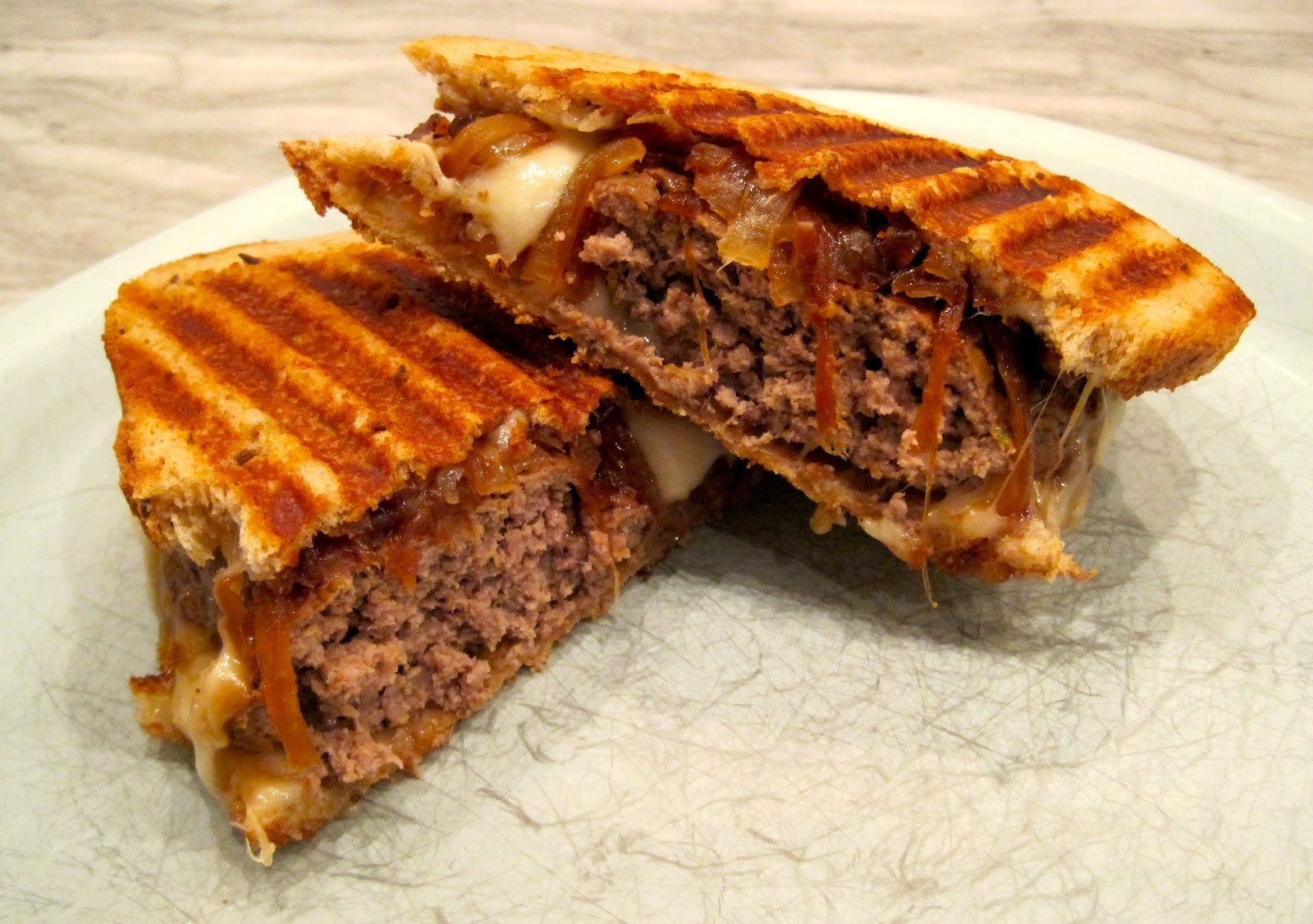 The Wooden Spoon Diaries: Good Old Fashioned Patty Melt