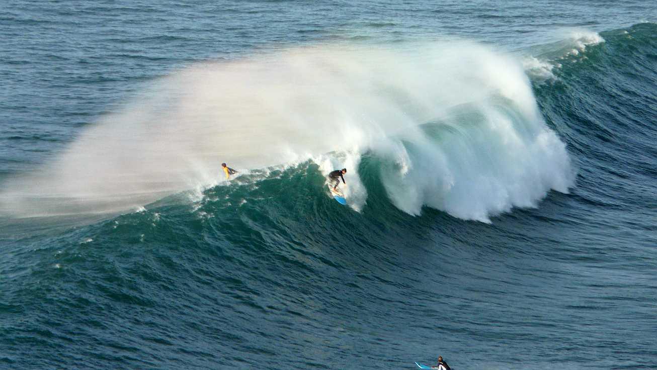 surf olas grandes menakoz 15