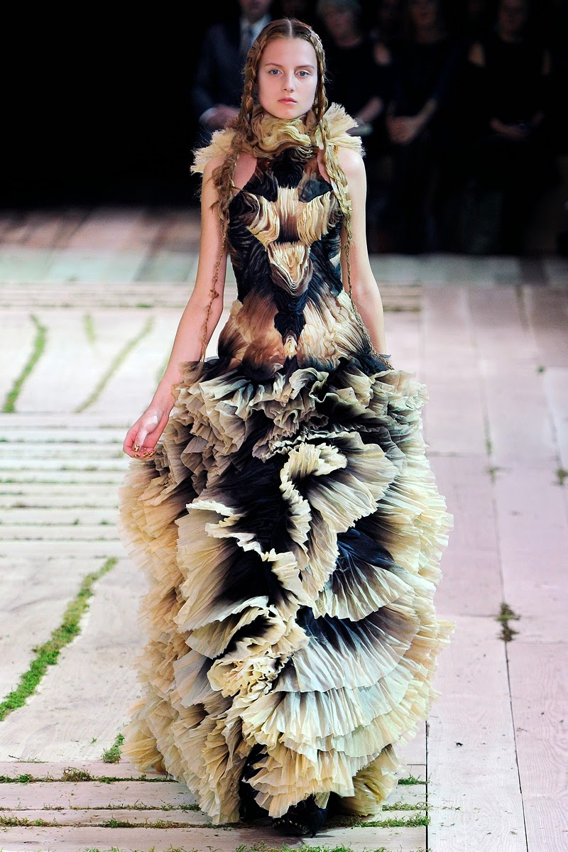 News for alexander mcqueen, Kate Moss, Marc Jacobs and Alexander McQueen defined cool for a generation.