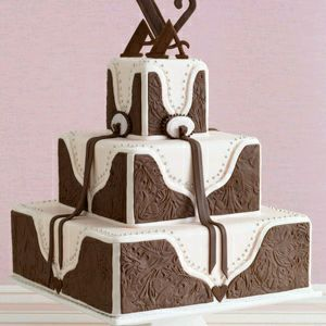 Wedding cakes in brown, part 2