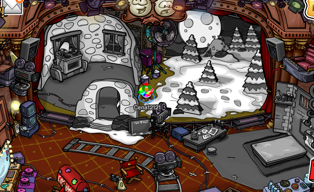 "Club Penguin ""Night of the Living Sled"" Play Cheats"
