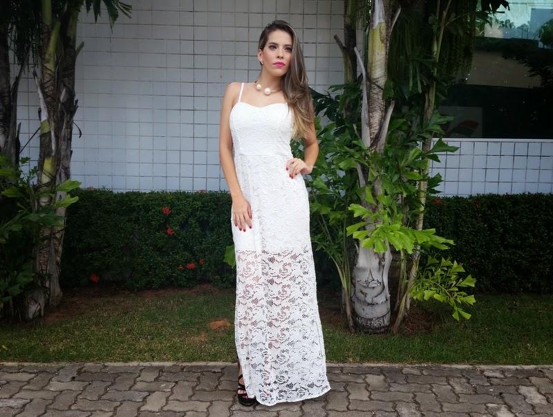 Acessorios para usar com vestido longo de renda