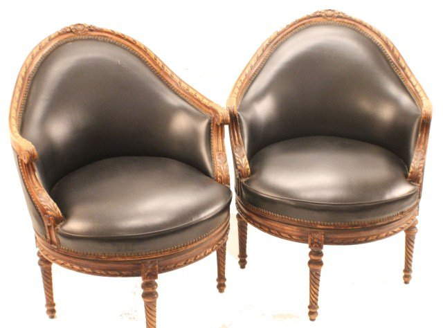 Swivel chairs have been around since 1800 when thomas jefferson
