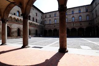 concerto gratis nel cortile della rocchetta del castello sforzesco di Milano, domenica 28 luglio
