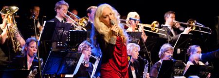 Julekoncert med Sæby Big Band og Cæcilie Norby var en stor succes