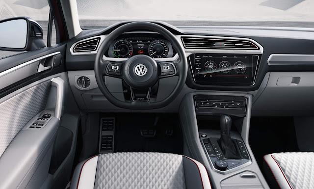 VW Tiguan GTE 2017 - painel