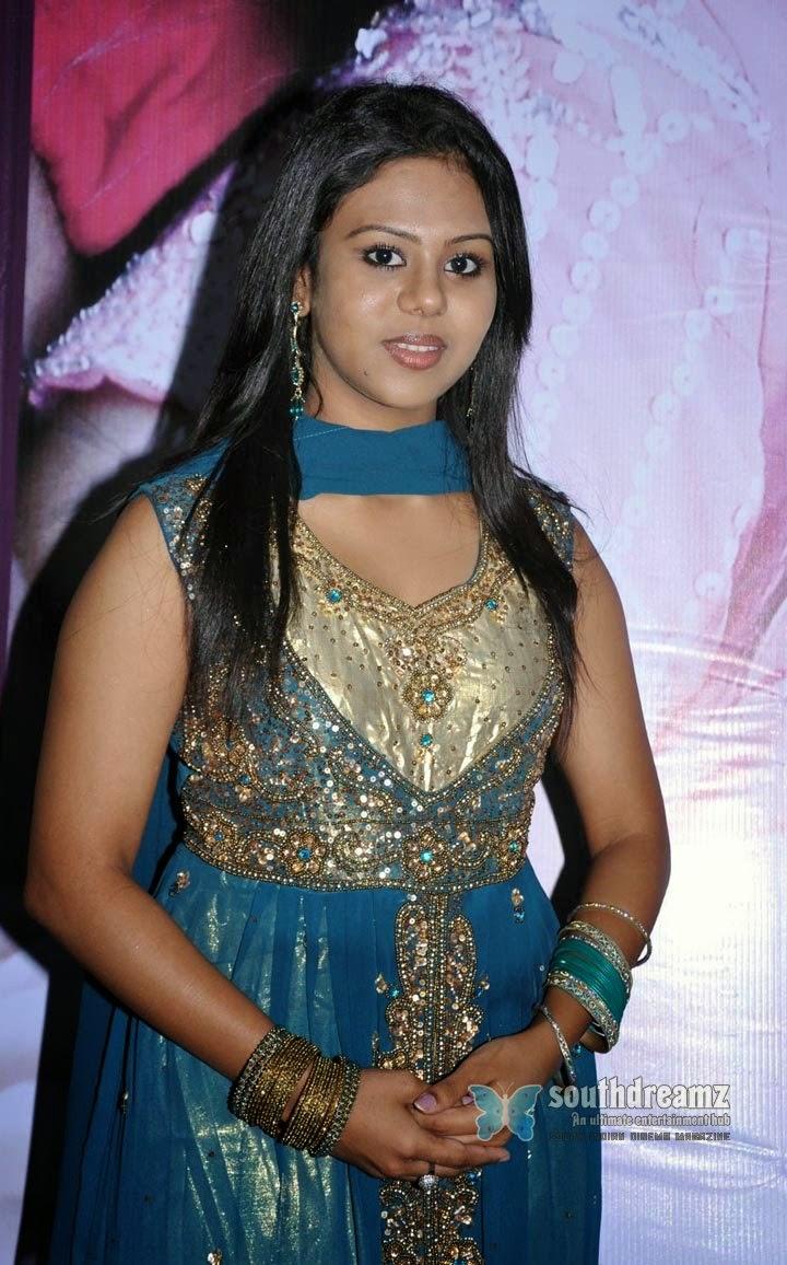 Mallu Actress Boob Press 35