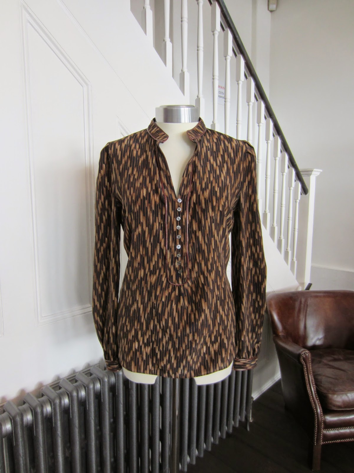 Elizabeth & James Black & Brown Silk Blouse with Leather Trim