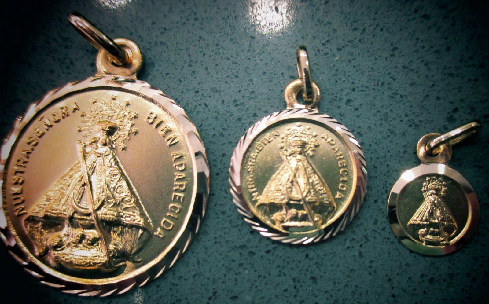 Medallas de la Virgen Bien Aparecida