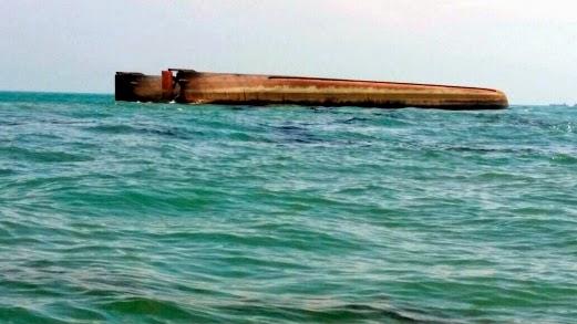 Kapal Korek Karam 14 Hilang, Seorang Selamat