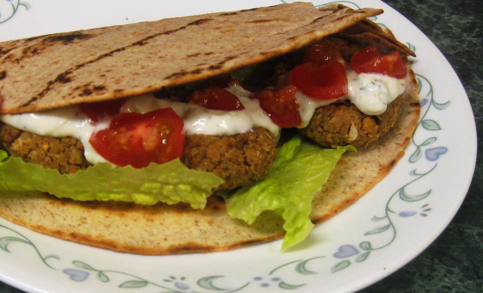... Dinner... Healthy & Low Calorie: Falafel Patties with Cucumber Sauce