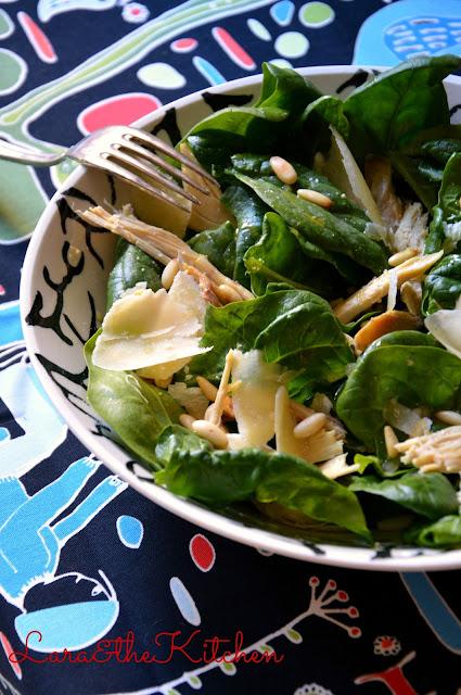 insalata di cappone, spinaci e parmigiano