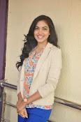 Ritu Varma latest glamorous photos-thumbnail-16