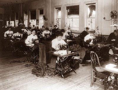 http://4.bp.blogspot.com/-Y1z8lkpfZFw/Vo19mOfdiHI/AAAAAAAAIK0/jPOOGXHacl0/s400/sewing-pioneer%2Bwomen.jpg