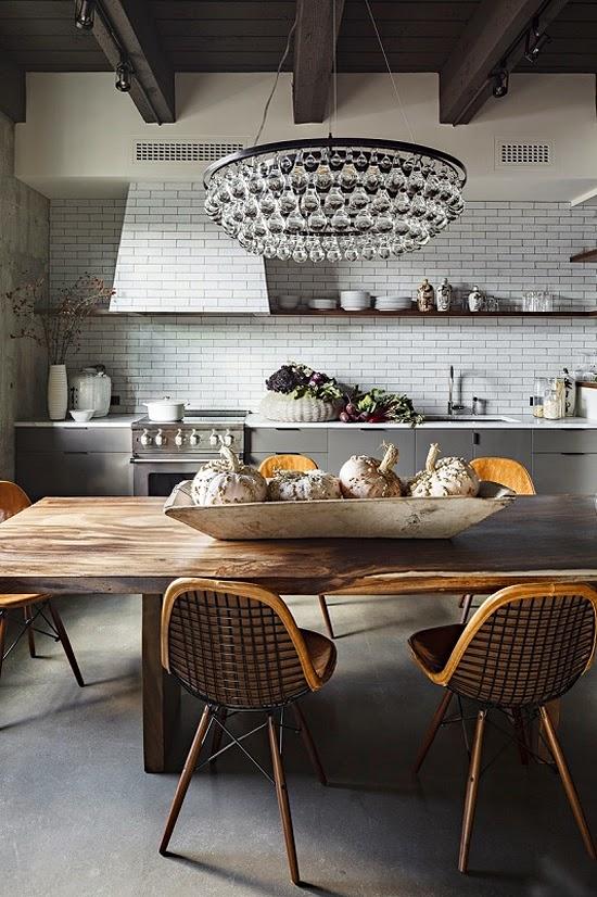 lustre e mesa rústica