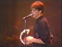 videos-musicales-de-los-80-danza-invisible-a-este-lado-de-la-carretera