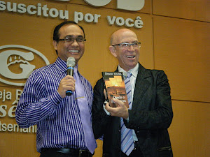 """Lançamento do livro """"Quando o Sol Declina"""" Batista Getsemani em BH com o Pr. Jorge Linhares"""