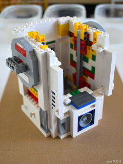 lego r2d2 - equipment doors in place, internal framework taking shape
