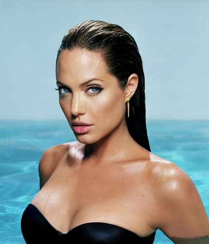 sexiest above 30 hollywood women alive 2012 angelina jolie