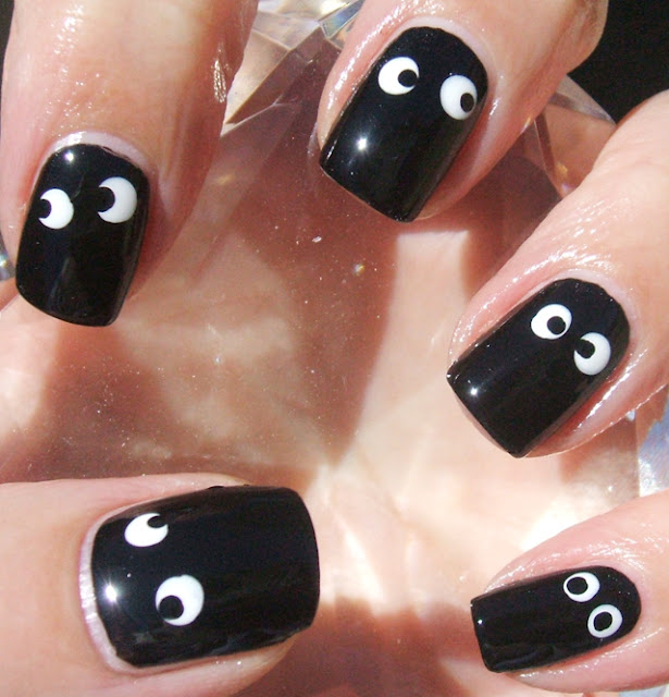 Black White Eyes Smiley Nail Art