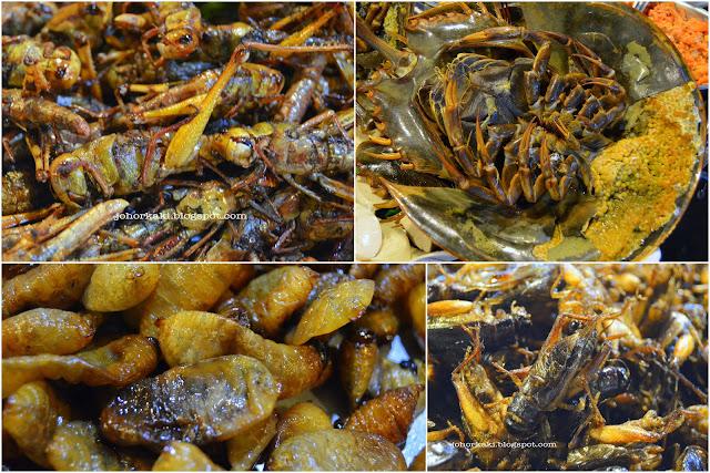 Rod-Fai-Vintage-Market-Halal-Seafood-Tom-Yam-Bangkok