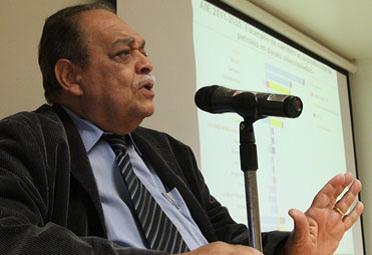 Carlos Mendoza Pottellá