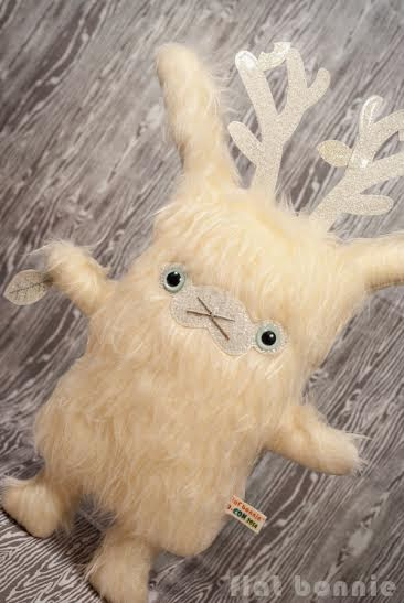 Designer Con 2014 Exclusive Frozen Edition Jackalope Plush by Flat Bonnie