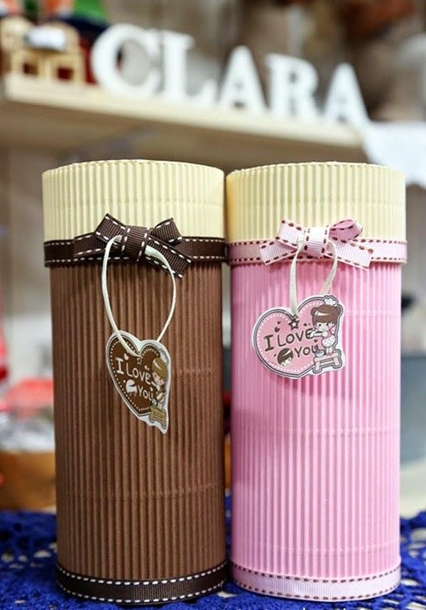 Caja de regalo cil ndrica con cart n corrugado lodijoella for Cajas de regalo de carton