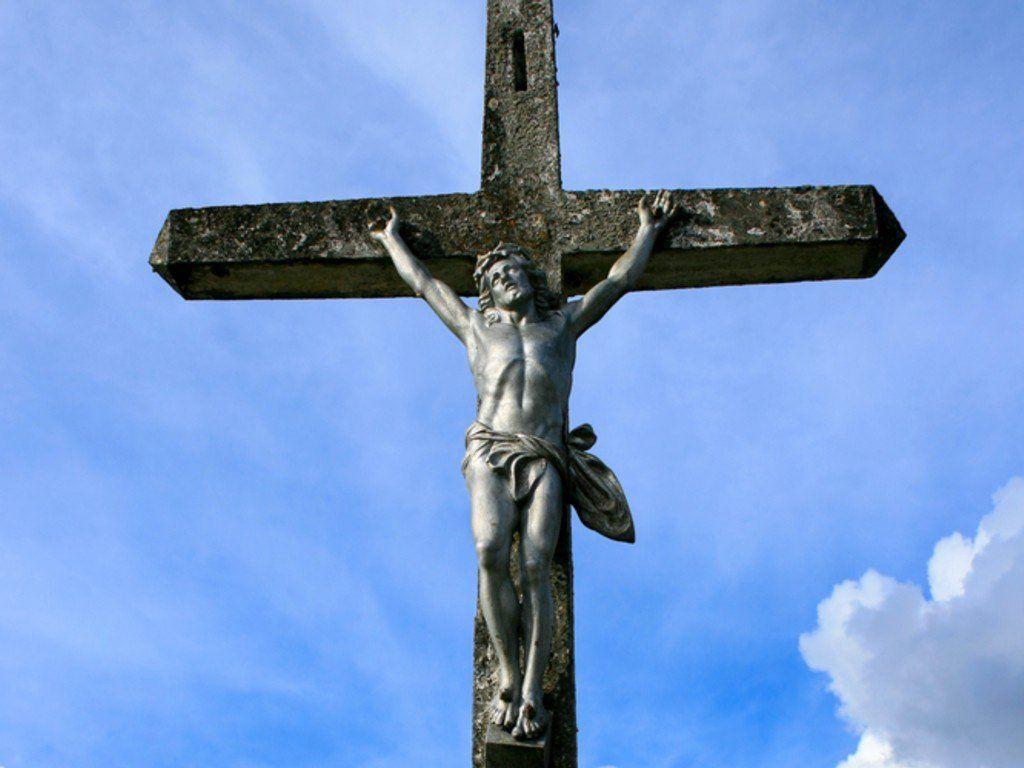 http://4.bp.blogspot.com/-Y3JJ0X2a4fw/TrWFDe6f11I/AAAAAAAAR1Q/xH9Vk63fs0E/s1600/Crucifixion-Christian-Wallpaper.jpg