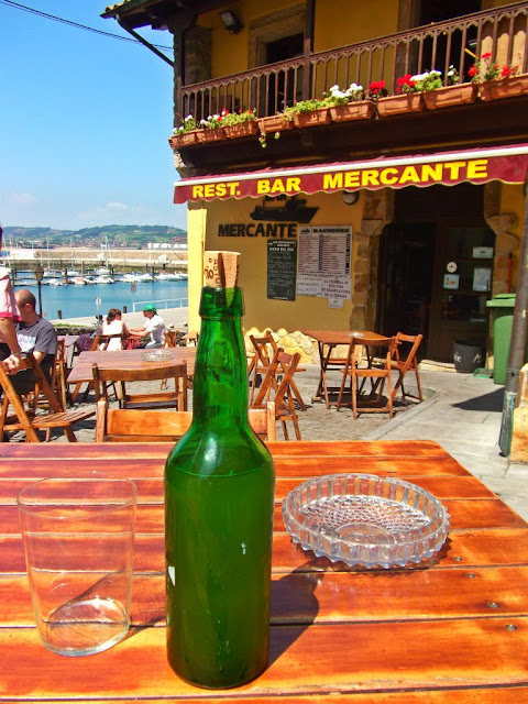 Gijón Cimadevilla Bloggertrotters sidra