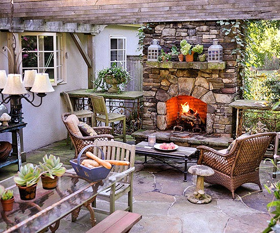 Outdoor Fireplaces Designs