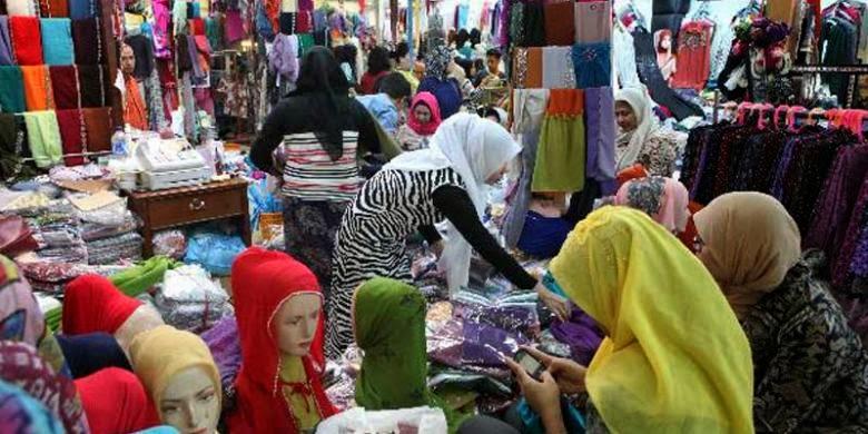 Belanja baju muslim di jatinegara