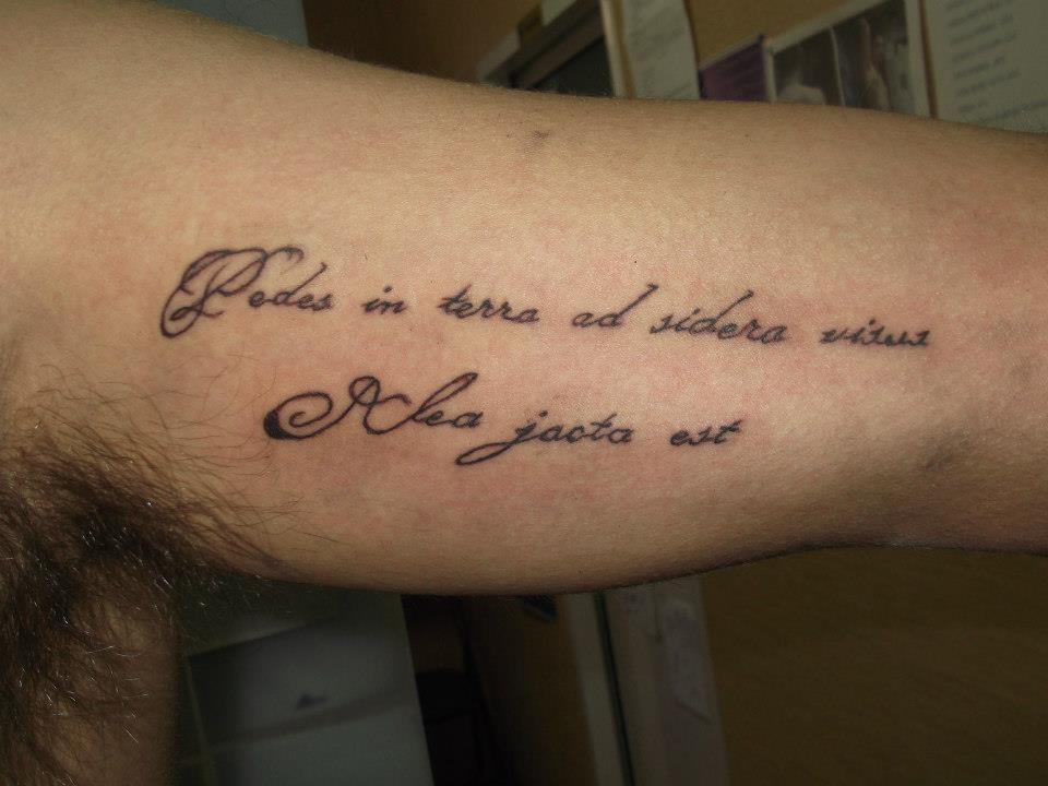 Lilith tattoo frases en lat n for Fraces en latin
