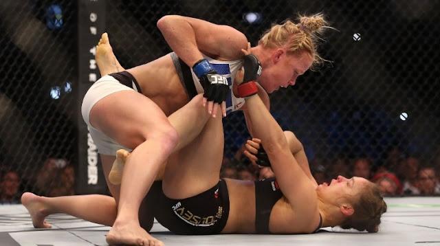 Ronda Rousey nocauteada por Holly Holm!