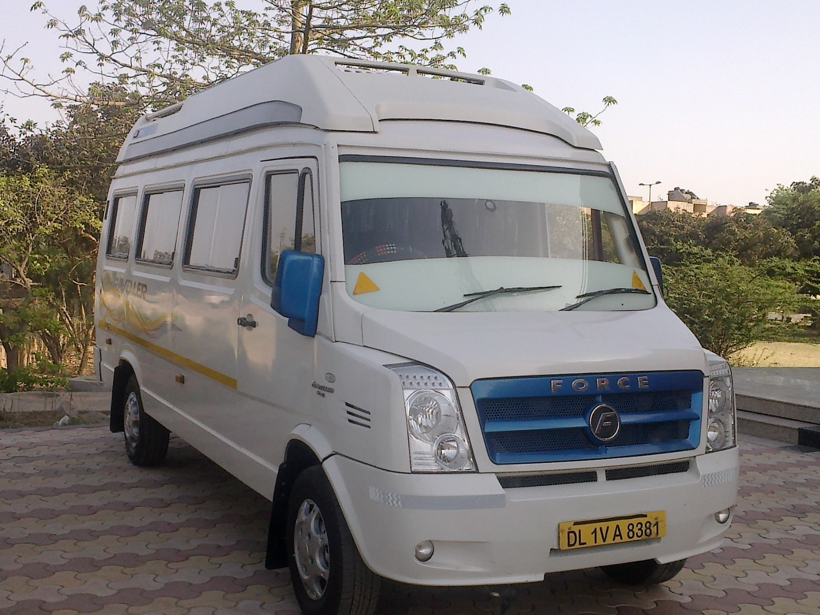 15 seater tempo traveller for rent in bangalore dating
