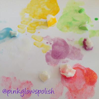 Sponging-nail-polish.jpg