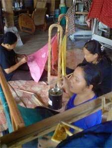 pelatihan batik papua