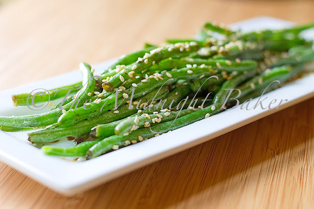 Asian Green Beans | bakeatmidnite.com | #vegan #sidedishes #greenbeans #asian