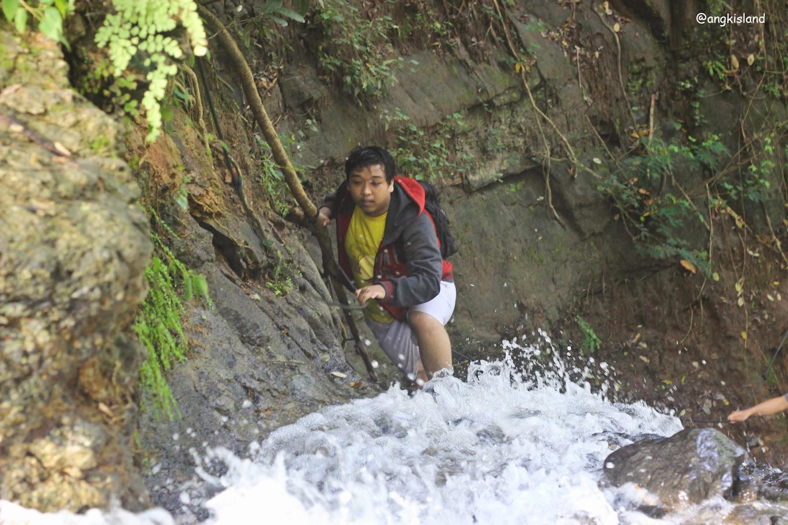 Air Terjun Njuruk gedhe Gunungkidul yogyakarta