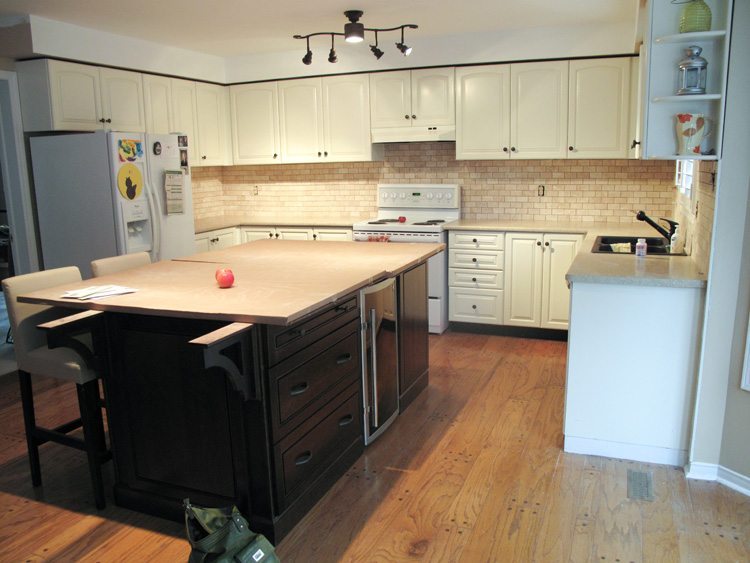 how to clean tile grout on kitchen counters