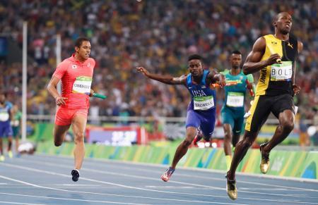 リオ五輪陸上:日本チーム男子400mリレーに銀メダル!